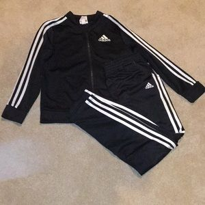2 piece Adidas jacket with sweatpants